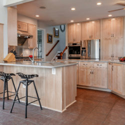 Nature Maple Kitchen with Shaker Style Doors and Brushed Nickel Hardware